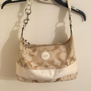 Great Condition COACH hobo bag